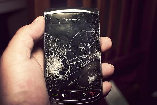携帯が壊れた!ドコモで修理に出すときに注意する5つのこと