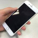 あなたのiPhoneは大丈夫?「液晶パネルが浮いてくる」事象について。
