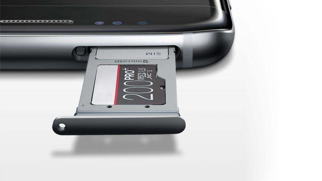 SDカードカードスロット搭載